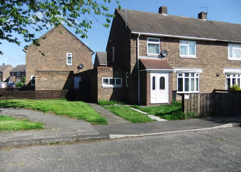 37 Sharp Crescent, Durham City DH1 1PE, 4 to share, Front View