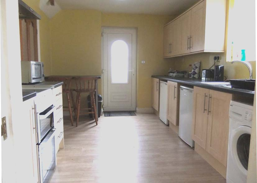 Sharp Crescent, Durham City DH1 1PE, 4 to share, 2nd View of Kitchen