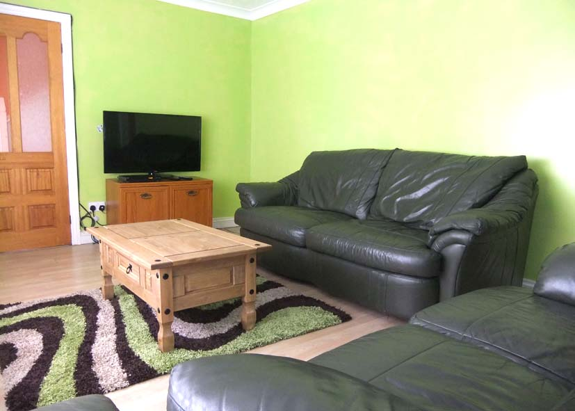 Sharp Crescent, Durham City DH1 1PE, 4 to share, 1st View of Lounge